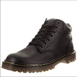 Dr Martens Harrisfield men's pebbled leather boots